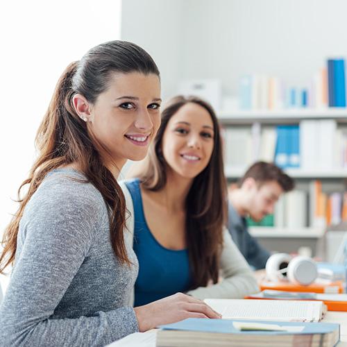 Jóvenes y Universitarios